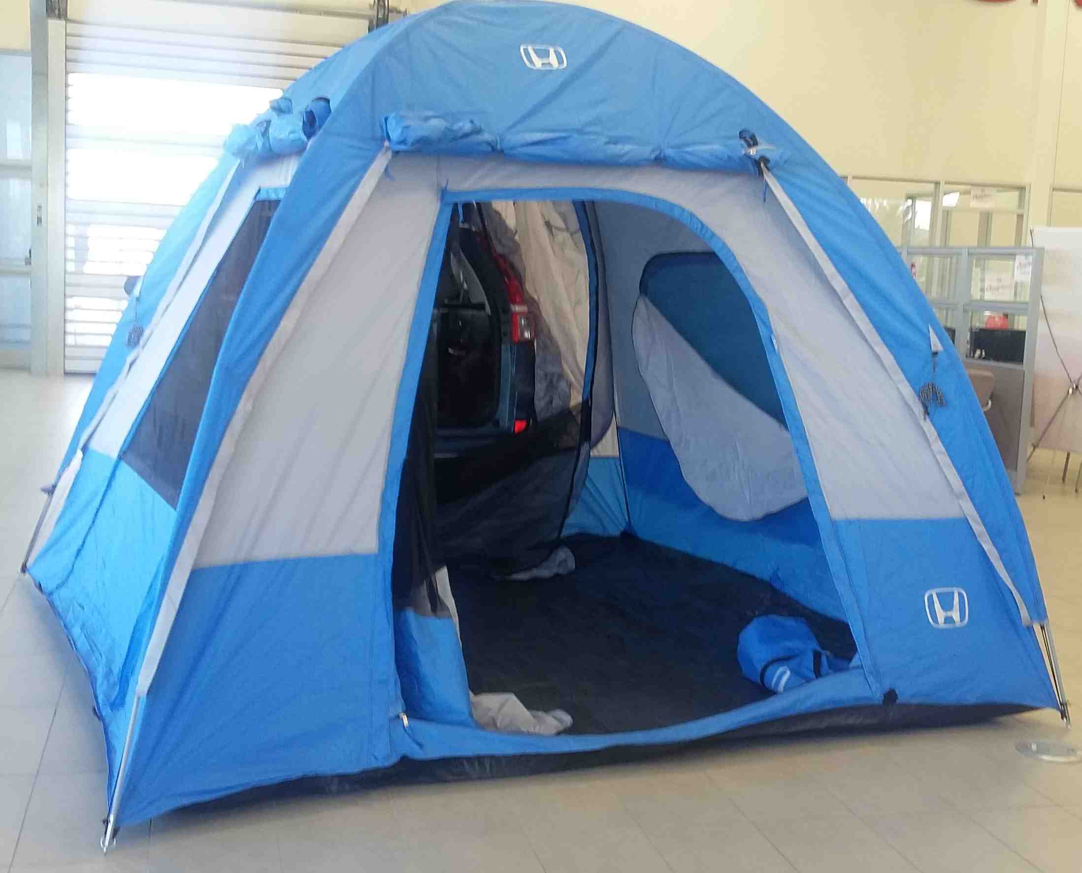 If you would like to see the 2016 CR-Vu0027s tent accessory come and visit the Dow Honda showroom! & Showroom Showoff: Tent Edition - Dow Honda