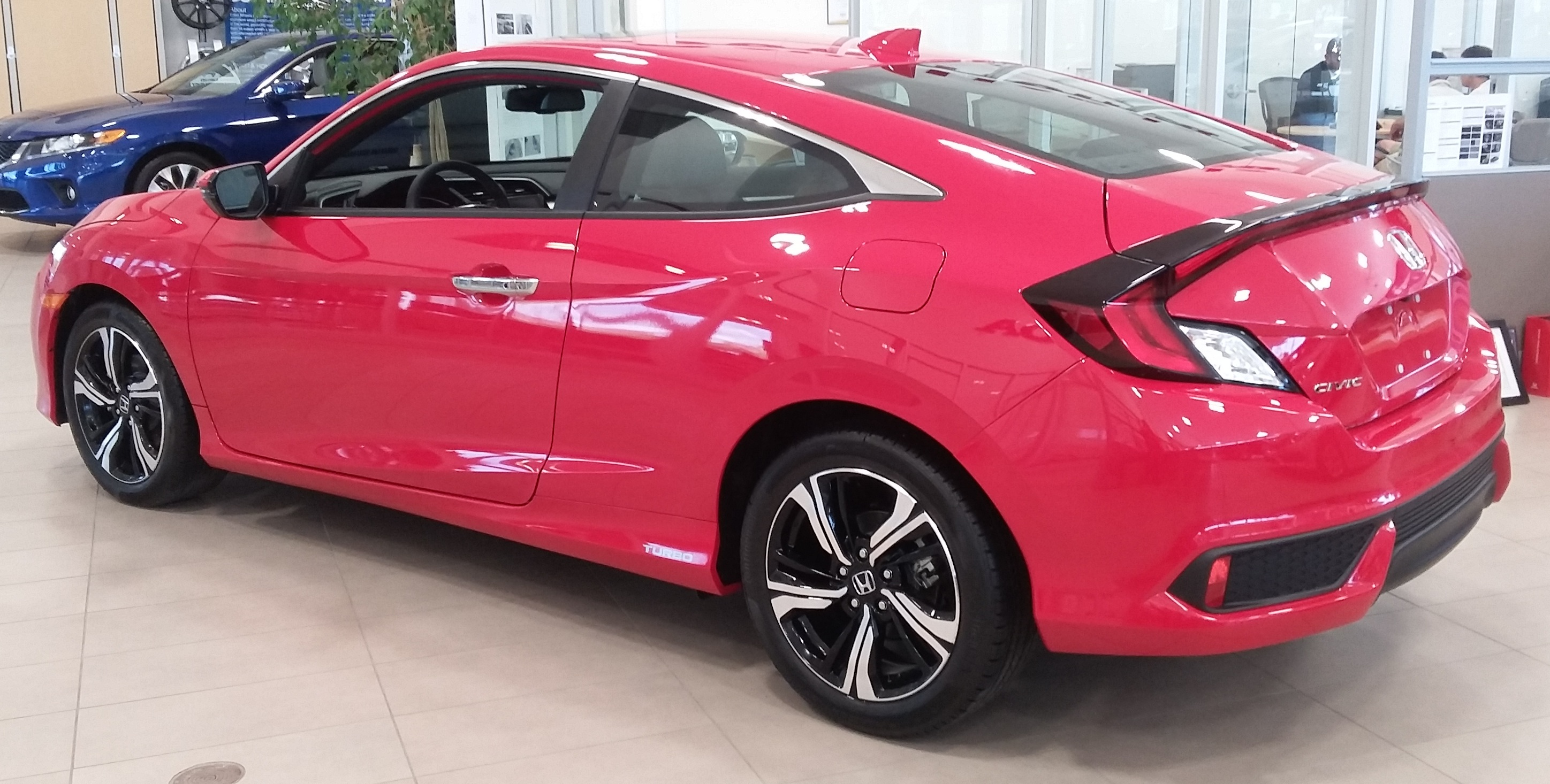 Showroom showoff 2016 civic touring coupe dow honda for What does the econ button do in a honda civic