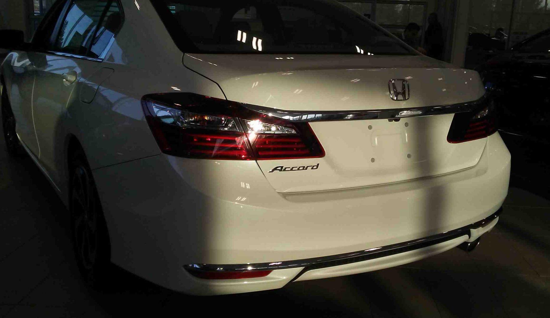 2017 Accord LX Sedan Manual